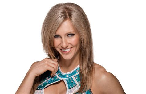 charlotte flair real age rare wwe diva charlotte facts photos ric flair s daughter