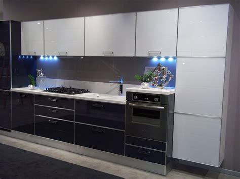 cucine componibili prezzi stracciati cucine moderne nere scavolini da sogno with cucine