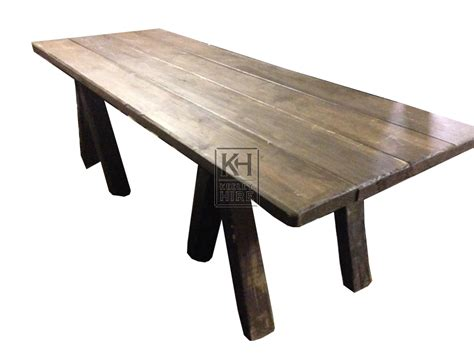 prop hire 187 tables 187 table top keeley hire