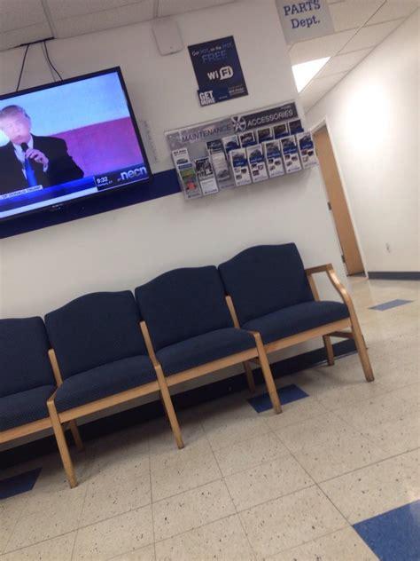 dube hyundai empty waiting room what s the delay yelp