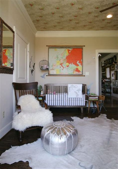 Rooms With Cowhide Rugs by Cowhide Rugs And A Few Ways Of Using Them In Your Interior