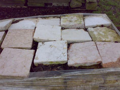 materiali pavimenti mattonelle in marmo recupero materiali