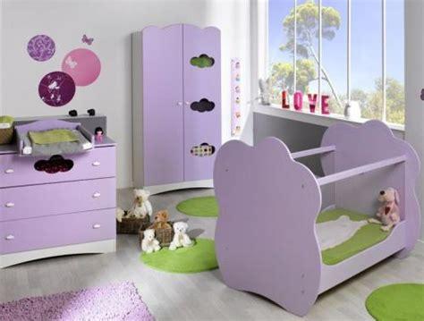 deco chambre bebe fille violet decoration chambre bebe mauve visuel 6