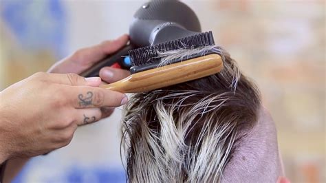 Sam Villa Hair Dryer Ebay how to hair with a paddle brush ebay how to and style a pompadour s hairstyle