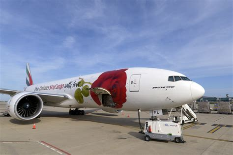 emirates cargo emirates skycargo to launch specialist pharma flights ǀ