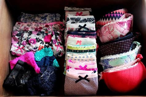 how to organise your drawer style