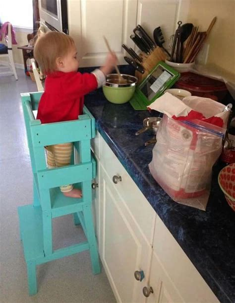 Toddler Kitchen Stool by 25 Best Ideas About Stool On Hack