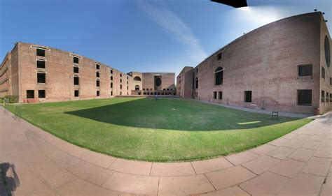 Iim Ahmedabad Fees Structure For Mba 2016 by Iim Ahmedabad Ups Fee For Flagship 2 Year Programme By 1