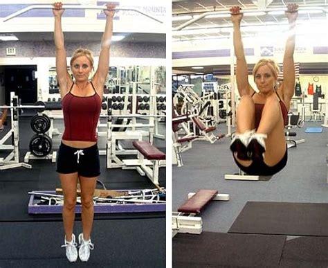 abs workout 11 hanging leg raise by munfitnessblog