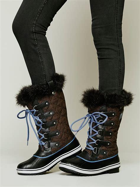sorel tofino boot sorel tofino herringbone boots in brown lyst