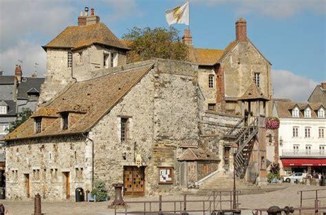 france 2018 tourist 9782067224520 honfleur tourism 2018 best of honfleur france tripadvisor