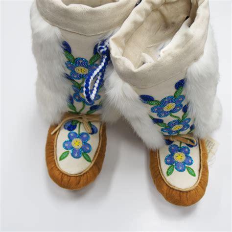 Handmade Mukluks - handmade traditional moosehide mukluks acho dene