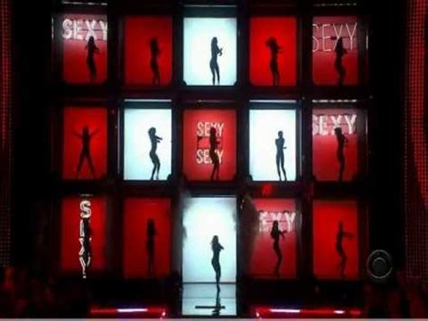 Justin Timberlake Brings Sexyback To The Victorias Secret Catwalk by Justin Timberlake Sexyback Live S Secret