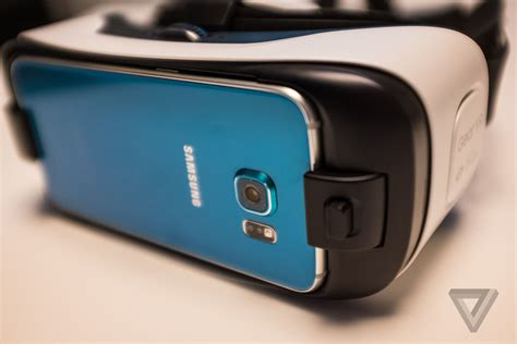 Samsung S6 Gear a look at the gear vr for the galaxy s6 the verge