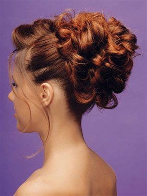 curly bun hairstyles