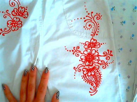 fiori da dipingere su stoffa dipingere sulla stoffa con colori 3d semplice disegno in
