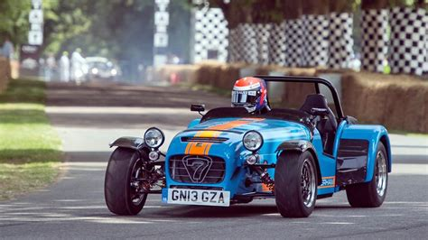 built cars caterham seven 620r