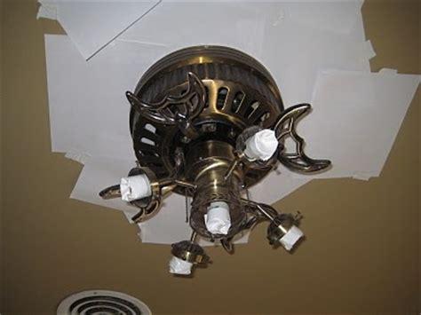 Spray Paint Ceiling Fan by How To Spray Paint A Ceiling Fan Diy