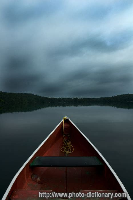 canoes dictionary canoe photo picture definition at photo dictionary