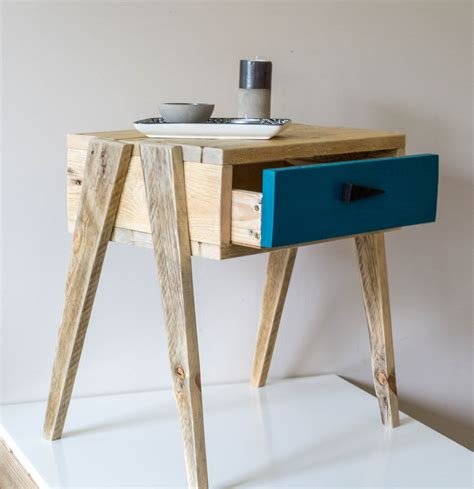 table de nuit en palette table de nuit en bois tables de nuit palette et nuit