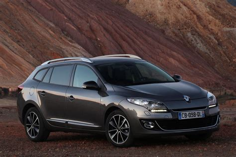 renault megane estate renault megane estate 2012 pictures renault megane estate