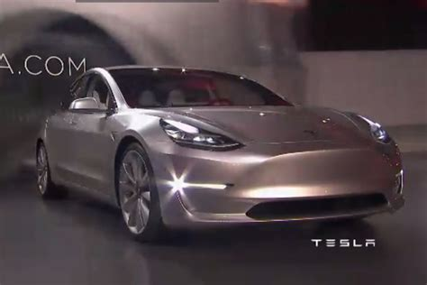 Tesla Model S Made In Usa Mega Yachts Superyachts Built In Page 50