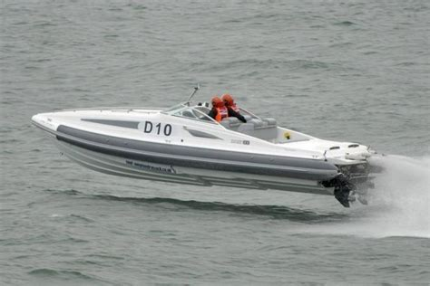 fastest production pontoon boat 1000 ideas about inflatable boats on pinterest aluminum
