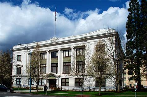 oregon supreme court state supreme court strikes pers reform
