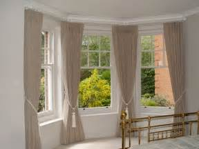 Bay Window Drapes 17 Best Ideas About Bay Window Curtains On Bay