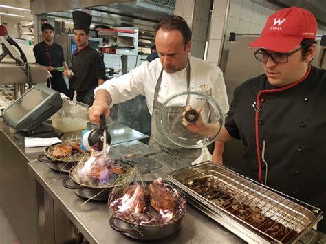 chef de cuisine en suisse haute cuisine au w verbier une sacr 233 e 233 quipe de chefs