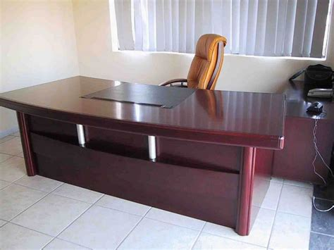 Small Traditional Home Office Desk Traditional Executive Office Desk Design Home Design And