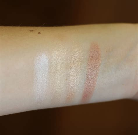 Becca Shimmering Skin Perfector Poured Creme Highlighter In Moonstone 1 becca poured highlighters justina s gems