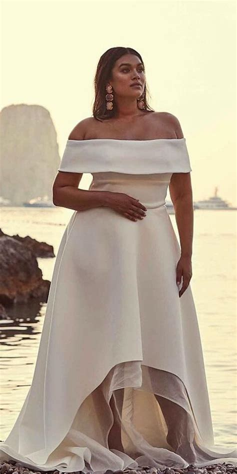size wedding dresses  jaw dropping guide