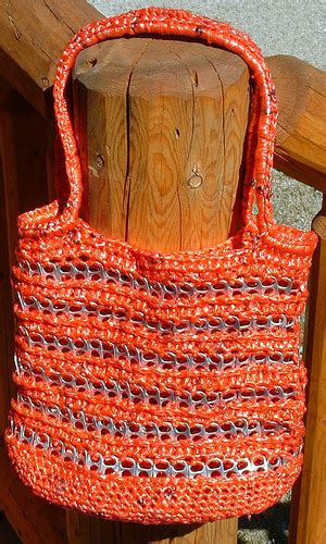 plastic bag yarn and pull tab tote picture 2 quot plarn quot was my products my recycled bags com