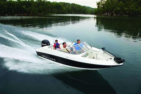 bayliner bowrider boat cover 60 best bayliner boat covers images on pinterest boat