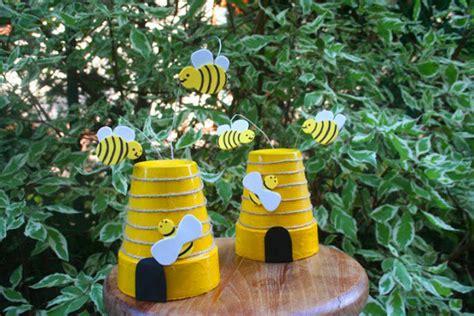 oggetti per giardino decorazioni da giardino con vasi di terracotta