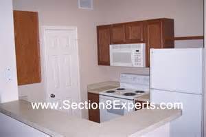 find the best section 8 housing apartments