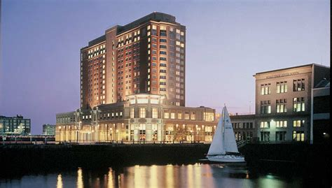 seaport boston hotel 138 photos hotels south boston 301 moved permanently