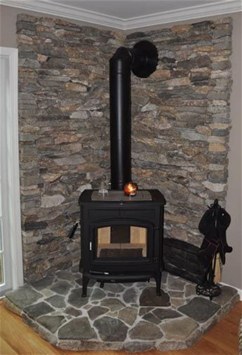 Install Fireplace Der by Take Out Boring Fireplace And Replace It With Our Wood