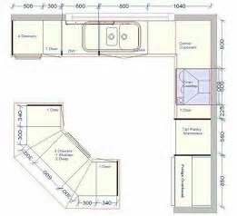 Kitchen Design Layout by Best 25 Kitchen Layouts Ideas On Pinterest Kitchen