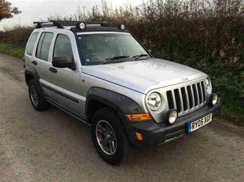 jeep cherokee sport 2005 jeep 2005 cherokee 2 8 renegade 5dr 4wd car for sale