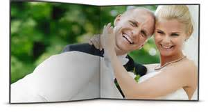 Services for wedding photographers create pro wedding albums for