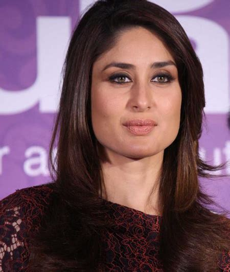 bollywood actress with square face shape kareena kapoor to catwalk at lfw grand finale topnews
