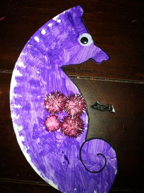 Seahorse Paper Plate Craft - babysitting craft paper plate seahorse babysitting