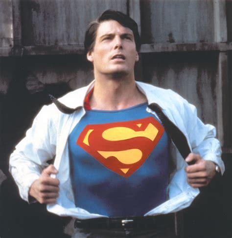Setelan Superman Gw 252 i migliori superman al cinema e in televisione ilblogger it