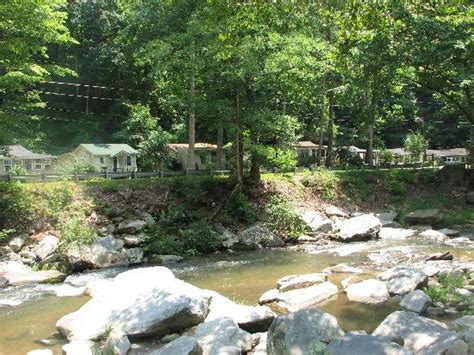 Bat Cave Nc Cabins by Clip 1 Of Rocky Broad River From Balcony Of