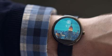 watchmaker fossil debuts its android wear smartwatch pc tech magazine