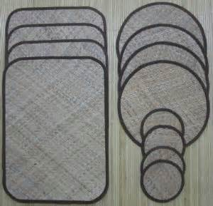 Tikar Lipat Rotan toko liman karpet kulit plastik kasur almari plastik