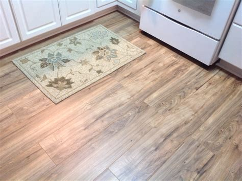 Glueless Laminate Flooring Design Ideas Trafficmaster Glueless Laminate Flooring Lakeshore Pecan
