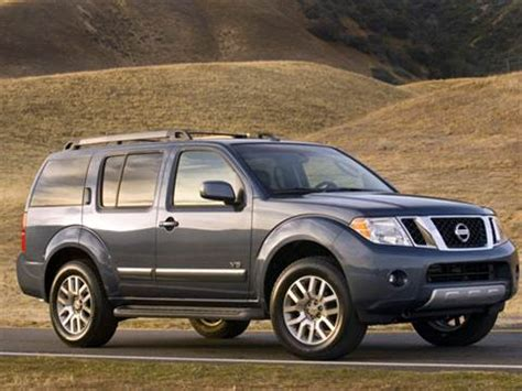2010 nissan pathfinder pricing ratings reviews kelley blue book